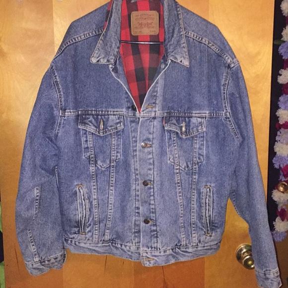 1ed29a58be6 Levi s Other - Vintage Levi s flannel lined denim jacket.